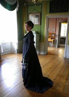 Kleidung um 1800: ...zum Kleiderschrank