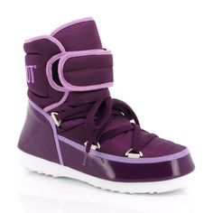Winter time... Moon Boot
