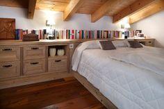 Mansarde: come sfruttare al meglio gli spazi Home Interior Design, Interior Architecture, Minimalist Living, Dream Rooms, Bedroom Inspo, Terrazzo, Home Renovation, Ideal Home, Sweet Home