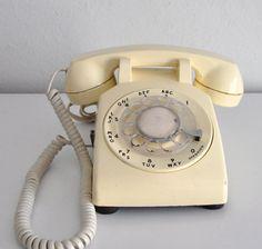 Vintage Western Electric Rotary Phone Ivory Cream Telephone 500 DM