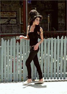 Amy Winehouse, Amazing Amy, Save The Queen, Girl Power, Singer, Actors, Jada, Vulnerability, Celebrities