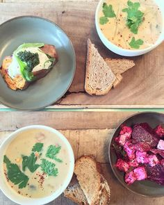 Red beet salad with feta and figs, sweet potato and Thai soup at Perfect lunch to brighten up this wednesday 🍃 Beet Salad With Feta, Veggie Recipes, Healthy Recipes, Thai Soup, Food Spot, Red Beets, Amsterdam Travel, Figs, Sweet Potato