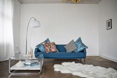 that blue, with floral and stripes. oh my and the gray ceiling. maybe i should paint my living room ceiling?