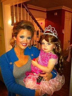 Toddler and Tiara Halloween costume #DIY #HALLOWEEN this might be the ticket, for Greta and I...