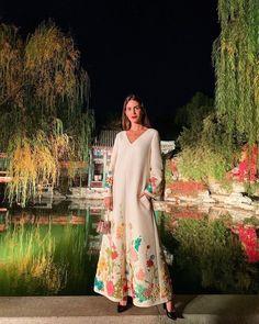 Gala Gonzalez, High Neck Dress, One Shoulder, Formal Dresses, Outfits, Fashion, Turtleneck Dress, Dresses For Formal, Moda