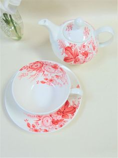 Laura Ashley One Person Teapot Red Floral Pot Cup Saucer Serving Set Tableware