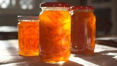 Medium-cut Seville orange marmalade |      This makes a good jelly set preserve with soft tender peel.