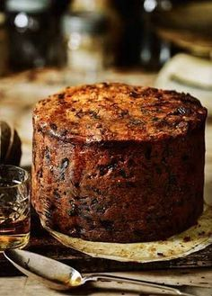 Fig, apricot and pistachio Christmas cake - Lou Gabbitas Xmas Food, Christmas Cooking, Christmas Desserts, Baking Recipes, Cake Recipes, Dessert Recipes, Cupcakes, Cupcake Cakes, Gateaux Cake