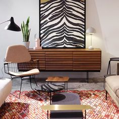 Nuestras tiendas son ese lugar dónde te sentirás como en casa  Hoy hasta las 20:00h puedes visitarnos en Rosellón256 (#Barcelona), Hortaleza102 (#Madrid) y Lanzarote11 (#Sanse)  fotografía de @pablodesignos • • • #DomésticoShop #design #interiordesign #diseño #diseñointerior #love #pursuepretty #interiorarchitecture #happy #theartofslowliving #vogueliving #seekthesimplicity #homestyle #darlingmovement #cute #theartofrefinedliving #inspiremyinstagram #flashofdelight #thehappynow #liveau...