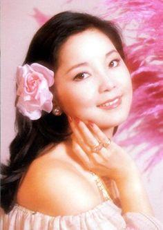 Teresa Teng - Discography (1975-2014) (LOSSLESS & MP3)