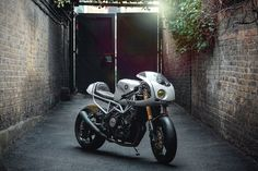 Yamaha TRX 850 by Seb Hipperson | HiConsumption