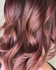 60 Sweet Mauve Hair Color Ideas, You Should Try This Year 23 Cabelo Rose Gold, Gold Hair Colors, Rose Gold Hair Colour, New Hair Colors, Cool Hair Color, Hair Color For Spring, Hair Color And Cut, Grunge Hair, Pink Hair