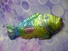 @Heidi Borchers transforms soda cans into the coolest stuff! LOVE this fish pin. cool2craft.com