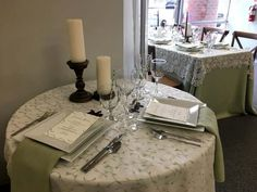 Select the perfect linen or table cloth for your special occasions