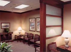 CLIENT: The Plastic Surgery Center LOCATION: Roseville, CA PROJECT SCOPE Interior design and planning, custom construction details, interior finishes, furniture layout and procurement for a high-end medical center. FEATURES Custom etched glass Stone lobby fountain Custom millwork and details