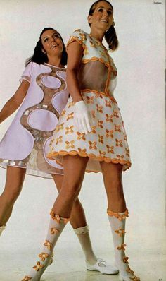 Courrèges space age fashion style color photo print ad models magazine shift dress boots see through thru midriff bare mini dress skirt 60s And 70s Fashion, Mod Fashion, Fashion Mode, Vintage Fashion, Retro Mode, Vintage Mode, Space Fashion, Fashion Design, Style Année 60