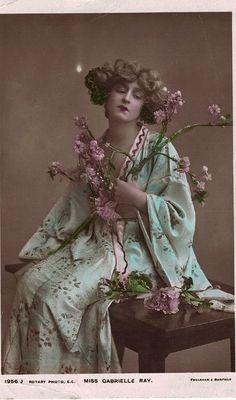 Edwardian actress