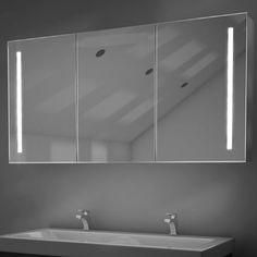 Fraaie 160 cm brede badkamer spiegelkast met verlichting en spiegelverwarming