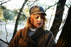 http://www.fashiondupes.com/2013/11/5-outfit-sherlock-holmes.html #sherlockholmes #english #ootd#outfit #fashionblogger#autumn #fall #grey