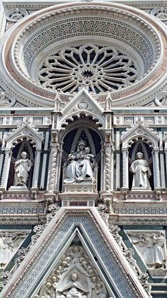 Visit Tuscany masterpieces with us!