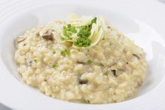 Low FODMAP and Gluten Free Recipe - Parmesan risotto with Cranberry… Fodmap Recipes, Gluten Free Recipes, Diet Recipes, Cooking Recipes, Healthy Recipes, Fodmap Foods, Risotto Recipe For Beginners, Recipes For Beginners, Food Map Diet