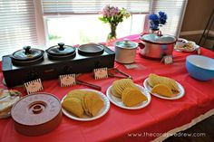 taco filling and shells - train birthday party Nacho Bar Party, Taco Party, Party Party, Trains Birthday Party, First Birthday Parties, First Birthdays, Birthday Ideas, 2nd Birthday, Circus Birthday