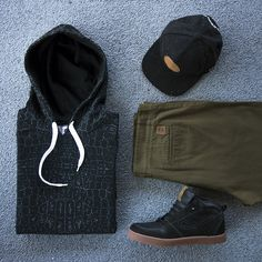 Outfit grid - Casual hoodie day