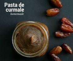 Reţetă pastă de curmale homemade - un îndulcitor natural şi sănătos pentru deliciile dulci pe care le pregăteşti în casă. Ideal pentru înlocuirea zahărului! Pasta, Vegan Recipes, Vegan Food, Orice, Peanut Butter, Smoothie, Homemade, Fruit, Blog
