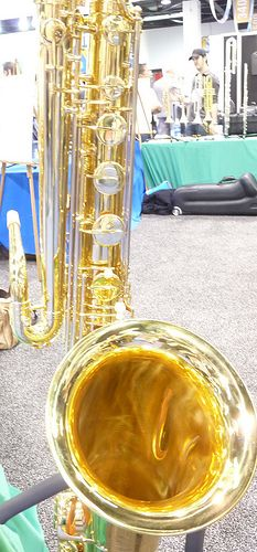 Bass Saxophone picture Bass Saxophone, Brass Instrument, Small World, Fall Crafts, Music Instruments, Pure Products, Note, Photos, Saxophones