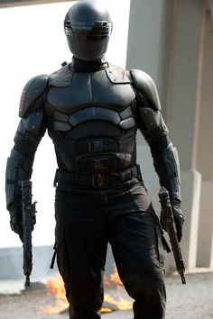 Ray Park as Snake-Eyes Tactical Suit, Tactical Armor, Suit Of Armor, Body Armor, Snake Eyes Gi Joe, Science Fiction, Futuristic Armour, Ninja Weapons, Storm Shadow