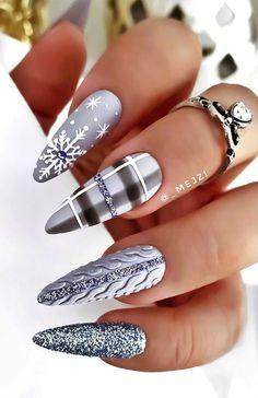 Xmas Nails, Holiday Nails, Christmas Nails, Winter Christmas, Winter Nail Designs, Christmas Nail Designs, Nail Art Designs, Chrismas Nail Art, Plaid Nails
