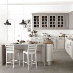 Small kitchen ideas with grey cabinets grey kitchen design ideas grey and white kitchen decorating ideas Grey Kitchen Tiles, Grey Kitchen Designs, Gray And White Kitchen, Grey Kitchen Cabinets, Grey Kitchens, Kitchen Cabinet Design, Kitchen Paint, New Kitchen, Kitchen Decor