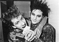 Fotografías de Soda Stereo y Cerati que sólo un verdadero fan ha visto. Soda Stereo, Zeta Bosio, Marc Bolan, Lady And Gentlemen, The Beatles, Rock N Roll, My Music, Gentleman, Couple Photos