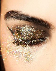 stunning-metallic-eye-makeup-ideas6.jpg (600×758)
