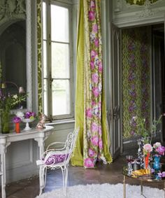 A stunning collection of printed fabrics including striking architectural patterns, flowing arabesques, beautifully rendered floral motifs as well as dramatic geometric elements. Printed on a variety of cloths including luxurious silks, soft linen unions and crisp cottons.