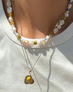 Funky Jewelry, Trendy Jewelry, Cute Jewelry, Jewelry Accessories, Fashion Accessories, Bead Jewellery, Beaded Jewelry, Handmade Jewelry, Beaded Necklace