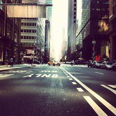 "@monsieur_soso's photo: ""#iphonegraphy #instagrammer #instagramhub #iphoneonly #instamood #instagood #iphonia #igers #ig #photography #photoofday #picofday #follogram #iphone4 #ny #nyc #newyork #manhattan #street"""