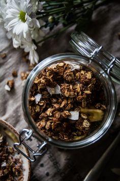Granola de Chocolate y Avellanas (y consejos para preparar la granola perfecta)