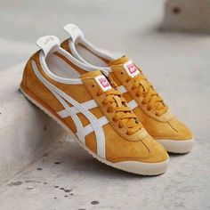 Onitsuka Tiger Mexico Tan/Off White Onitsuka Tiger Mens, Onitsuka Tiger Mexico 66, Tiger Stripes, Weekend Style, Cute Shoes, Asics, Trainers, Shoes Sneakers, Slip On