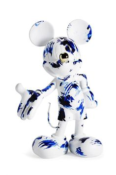 Marcel Wanders, One Minute Delft Blue, Mickey Mouse. Modern Sculpture, Sculpture Art, Mickey Mouse Design, Pop Art Decor, Pop Art Wallpaper, Mickey Y Minnie, Contemporary Artwork, Modern Art, Designer Toys