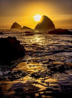 "outdoormagic: "" Oceanside Oregon by Bobshots on Flickr. """
