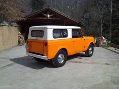1967 International Scout (Makes me want a creamsicle.)