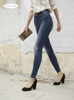 f8d57a959b838 High-waisted denim is a definite DO this fall. Wear it with a tucked