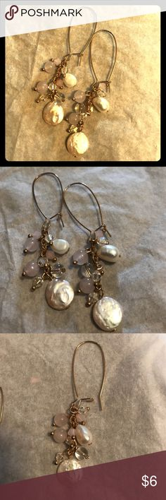 Pearl tone Dangle earrings NWOT Pearl tone dangle earring with accents of gold gray & light lavender. Purchase these for a wedding but never wore them Jewelry Earrings