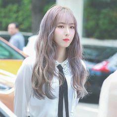 SinB South Korean Girls, Korean Girl Groups, Sinb Gfriend, Jung Eun Bi, Cloud Dancer, Fan Picture, G Friend, I Give Up, Ultra Violet