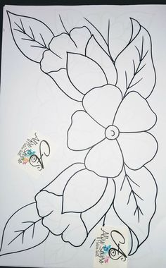 Pencil Drawings Of Flowers, Pencil Art Drawings, Art Drawings Sketches, Art Drawings For Kids, Easy Drawings, Hand Embroidery Designs, Embroidery Patterns, Beaded Flowers Patterns, Wreath Drawing