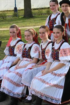 Slovak costume, Area of town Dubnica nad Váhom, Považie region, Western Slovakia Folk Costume, Costumes, European People, Ethnic Outfits, Folk Embroidery, World Of Color, People Of The World, Ethnic Fashion, Traditional Dresses