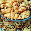 Pour nos crémaillères (on a coupé en 2 sinon on était trop nombreux) j'ai fait des mini-croissants et à chaque fois il n'en n'est pas...