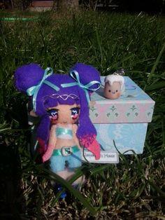 la piccola elfetta guerriera è arrivata dalla sua mamma con una scatolina piena di sorprese!