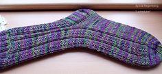 Fido:  Simple Skyp Socks     Original von Adrienne Ku un...